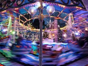 carousel-63956_640